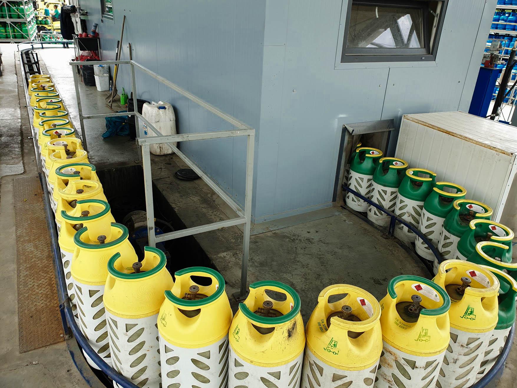 Butle gazowe stalowe i kompozytowe — podstawowe różnice